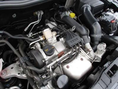 1.2Lターボエンジン 63KWのパワーで燃費も良いです。(カタログ値)