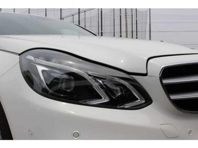 LEDインテリジェントライトシステム オートハイビーム、アクティブライトシステム、ハイウェイモードなど状況に応じて配光します。