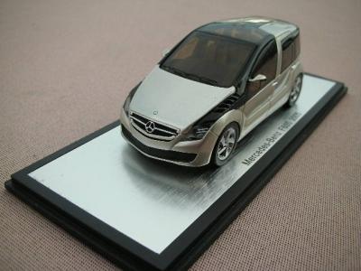 1/43メルセデスベンツ本国純正ミニカー メーカー特注品 F600 2005y