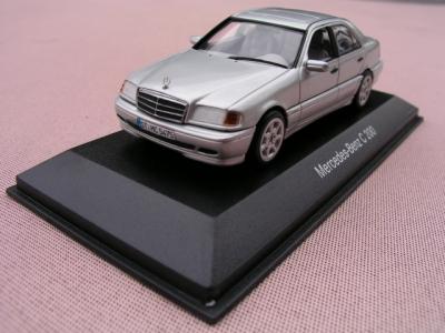 1/43メルセデスベンツ ミニカー クラシックコレクション 本国純正 メーカー特注品 W202 C200 シルバー