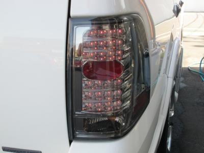社外LEDテール装備しております!!