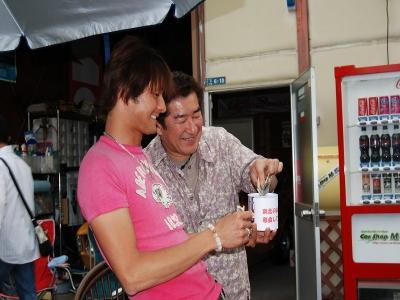 ∞東日本大震災義援金募金をしました∞04