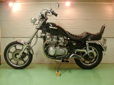 カワサキ Z750LTD