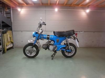 ホンダ DAX70