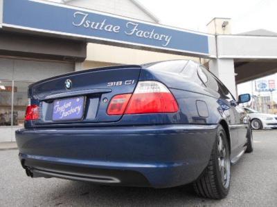リアビューに視認性の高いLEDテールが古さを感じさせません!! ☆ご購入後のメンテナンスも元BMW正規ディーラーメカニック多数在籍の「つたえファクトリーに」お任せ