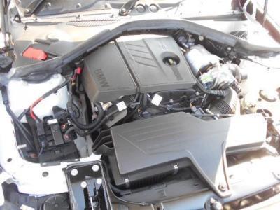 直列4気筒DOHC 1.6Lツインスクロール・ターボ・エンジン 最大出力136PS(カタログ値)、燃費16.6km./L(10.15モード・カタログ値)