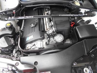 3.2L直列6気筒DOHCのS54型エンジンは、343馬力/トルク37.2kgf・mを発生。直6NAの最終完成形エンジンの素晴らしさを堪能して下さい! オーナー様を決して飽きさせない吹け上がりの軽さは驚愕です!
