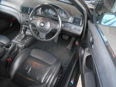 後期カブリオレはクーペと同じLEDの通称「イクラテール」。テールランプがLEDになったのはE46後期が世界初の車両です!