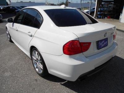 Mスポーツのボリューム感あるリアビュー。★ご購入後のメンテナンスも元BMW正規ディーラーメカニック多数在籍の「つたえファクトリーに」お任せ下さい!「http://tsutae-factory.com」