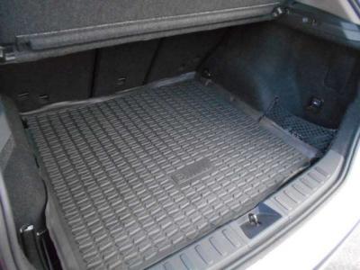 テールゲートを開けばトランク容量420〜1,350Lからなる空間が確保され、アウトドアや旅行の際には大活躍しますよ。