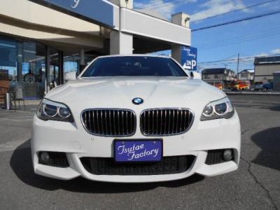 人気色アルピンホワイト3のF10型523i Mスポーツターボエンジンモデル!★ご購入後のメンテナンスも元BMW正規ディーラーメカニック多数在籍の「つたえファクトリーに」お任せ下さい!「http://tsutae-factory.com」