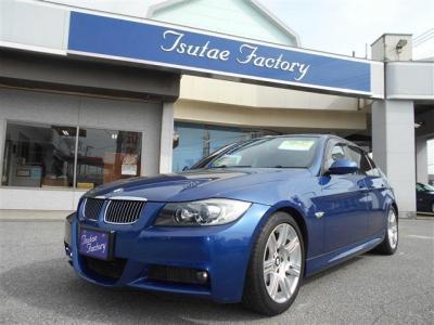 Mスポーツ限定カラーのル・マンブルーのE90型325i Mスポーツ。★ご購入後のメンテナンスも元BMW正規ディーラーメカニック多数在籍の「つたえファクトリーに」お任せ下さい!「http://tsutae-factory.com」