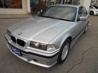 E30型と同様にコアなファンが多いE36型3シリーズ。かなりの希少モデルとなった後期型クーペ!☆キャンペーン情報掲載中 http://tsutae-factory.com/info
