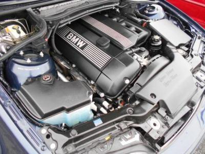 搭載される2.2L直列6気筒DOHCエンジンはダブルバノス機能付きで最大出力170ps、最大トルク21.4kg・mを発揮します。