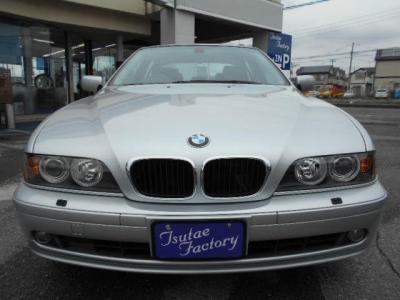 BMWミドルレンジ高級スポーツモデル、日本の道路事情にマッチしたサイズ感!!E39型530i ハイラインPKG。ご購入後のアフターサービスとして多数の特典もご用意してます!特典詳細「http://wp.me/P8hPUi-1lm」まで!