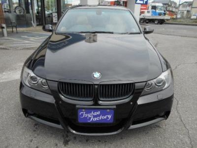 E90前期335i Mスポーツ★ご購入後のメンテナンスも元BMW正規ディーラーメカニック多数在籍の「つたえファクトリーに」お任せ下さい!「http://tsutae-factory.com」