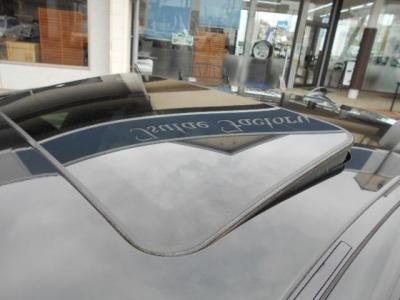チルト機能付きのガラスサンルーフは優しく日差しとフレッシュエアーを室内に取り込みます。★保証についてはこちらをご覧ください「http://wp.me/P8hPUi-Tq」