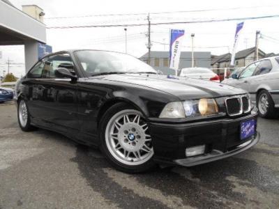 スリムボディーにタフな心臓とBMW自慢の足廻りを持つE36型M3は、まさにスプリンター!★ご購入後のメンテナンスも元BMW正規ディーラーメカニック多数在籍の「つたえファクトリー」へ!!