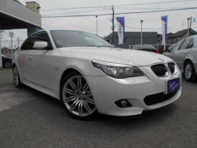 BMWのミドルレンジを担う高級スポーティサルーンとして、大きすぎないボディサイズが日本の道路事情にマッチしています。★保証についてはこちらをご覧ください「http://wp.me/P8hPUi-Tq」