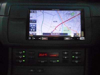 2DINタイプ7インチモニターのカロッツェリアのメモリーナビを装備、CD/DVD再生機能に加えミュージックサーバー機能、地デジも視聴可能です!!BlueThooth機能も搭載されています!!★全国納車承ります「http://tsut