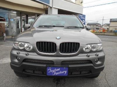 BMW初のSUV☆全国納車承ります。 ブログで配信中  http://tsutae-factory.com/スタッフブログ/x5-3-0si/