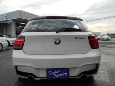 BMWのホットハッチ、1シリーズはプレミアムコンパクトセグメントクラスで唯一のFRモデルです。★保証についてはこちらをご覧ください「http://wp.me/P8hPUi-Tq」