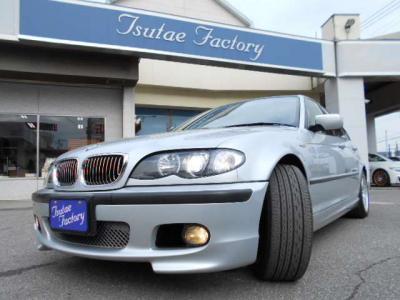CCFLイカリングライトが装着されています!★ご購入後のメンテナンスも元BMW正規ディーラーメカニック多数在籍の「つたえファクトリーに」お任せ下さい!「http://tsutae-factory.com」