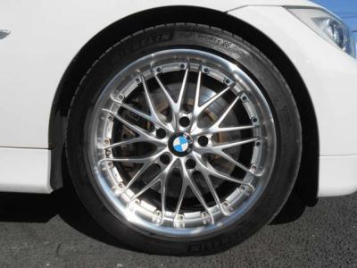 MDとCDデッキになります!シートヒーターにPDC、Rrガラスブラインドのスイッチになります!