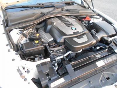 N62型B48B型 V型8気筒エンジン搭載。出力367ps/6,300rpm  出力50.0kg/3,400rpmのモンスターエンジンです。V8NAを存分に楽しめるエンジンだと思います!!