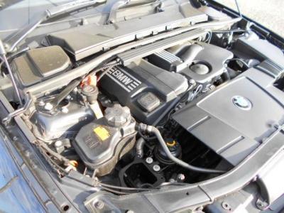 2.0L直列4気筒DOHCエンジンは軽快に回り、 最大150ps/20.4kg・mを発揮しスペック以上の駆け抜ける歓びを体感できるでしょう!!