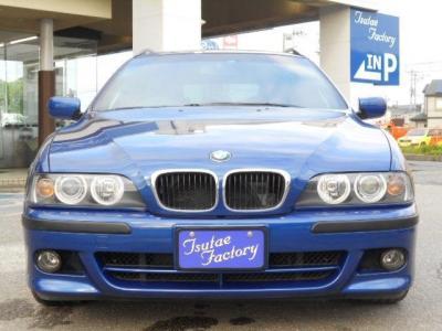 限定車であるル・マン・ブルーのE39型525i TRG Mスポーツリミテッド。ご購入後のアフターサービスとして多数の特典もご用意してます!特典詳細「http://wp.me/P8hPUi-1lm」まで!