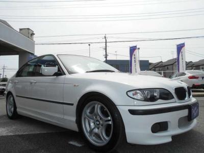 人気色アルピンホワイト3の後期型E46型318i MスポーツPKGです!! ☆各種キャンペーン&ブログ情報配信中!! http://tsutae-factory.com