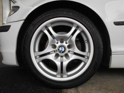 大きくて目立つような傷や凹み等は見受けられません!!現車を見て頂ければ車両の質感の良さを感じ取っていただけるはずです!
