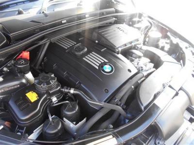 3.0L直列6気筒DOHCツインターボエンジンは、最大306ps/40.8kg・m(カタログ値)のハイパワー&ハイトルクを発揮!!多くのシーンで余裕の走りを見せてくれます!!