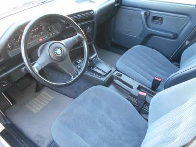 高速道路の必需品ETCももちろん装備されています。グローブBOX内に収まっているので当時の雰囲気は崩しません!★全国納車承ります「http://tsutae-factory.com」