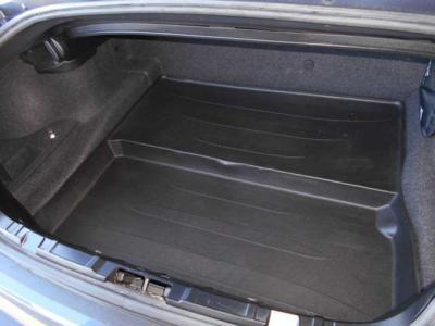トランク内は普段使いの荷物の量でしたら十分使える容量となっております。ぜひ現車でご確認下さい。★各種キャンペーン&ブログ情報配信中!「http://tsutae-factory.com」