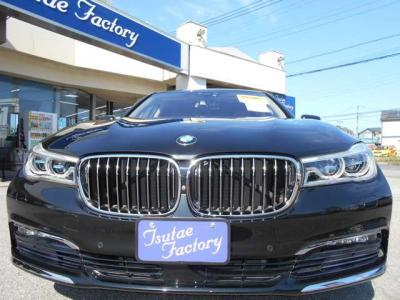 現行モデル、G12型740Liが入庫致しました!高年式低走行、人気のブラック!★ご購入後のメンテナンスも元BMW正規ディーラーメカニック多数在籍の「つたえファクトリーに」お任せ下さい!「http://tsutae-factory.