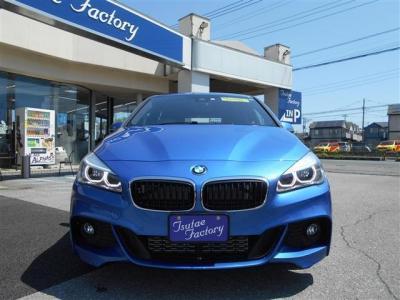 弊社にて販売・整備履歴の有るF45型218i Mスポーツアクティブツアラーエストリルブルーが入庫致しました。ご購入後のメンテナンスも元BMW正規ディーラーメカニック在籍の「つたえファクトリー」にお任せ下さい!