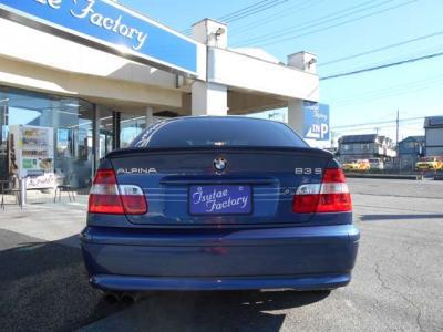 リアにはE46型アルピナの後期モデルであることを主張するB3Sのエンブレム!! ★ご購入後のメンテナンスも元BMW正規ディーラーメカニック多数在籍の「つたえファクトリー」にお任せください! http://tsutae-fac