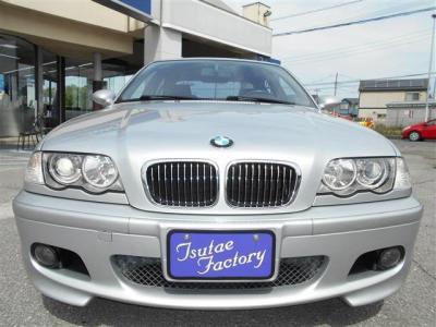 E46型 330i Mスポーツ 左ハンドルのMT 中期モデルが入庫致しました。★ご購入後のメンテナンスも元BMW正規ディーラーメカニック多数在籍の「つたえファクトリーに」お任せ下さい!「http://tsutae-factory.com」