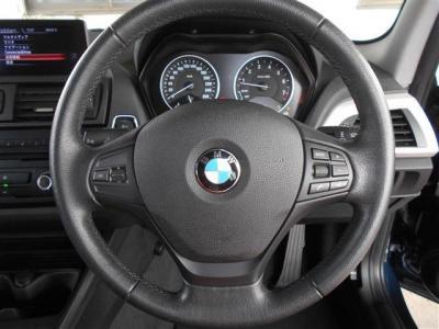 直列4気筒DOHCターボ1600CC!136馬力トルク22.4kgを発生し低速からフラットなトルク発生でとても乗りやすいエンジンです!ダウンサイジングにより燃費とパワーの両立を実現しています!
