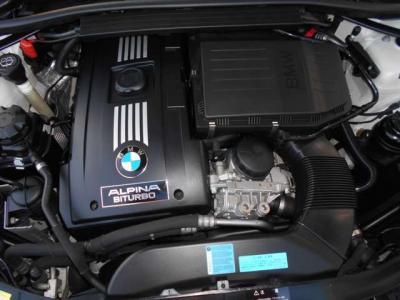 335i用をベースとした3L直6DOHCツインターボエンジンを搭載して、スペックは370馬力、トルク51kgmを発生し、とてもゆとりの有るドライブを楽しめますよ。