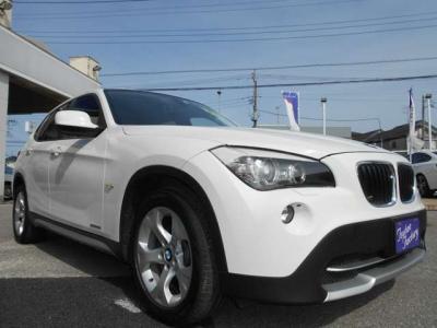 弊社にて販売・整備歴の有るE84型X1 18i SDrive アルピンホワイトが入庫致しました。!★整備も元BMW正規ディーラーメカニック在籍の「つたえファクトリーに」お任せ下さい!