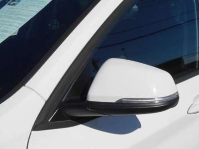 車高や車幅が少し大きいですが、デザインやアンダーカバーの工夫により、空気抵抗を減らしているので走行安定性の向上や風切り音等が軽減されています。
