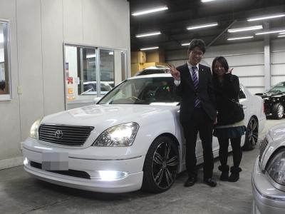 平良様本日納車日!!ありがとう御座いました!! お二人仲良くセルシオでドライブにお出かけ下さい!