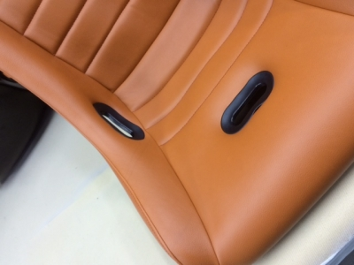 CORNS SEAT キャメルカラー♪
