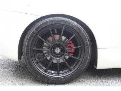タイヤは新品ミシュランPS4