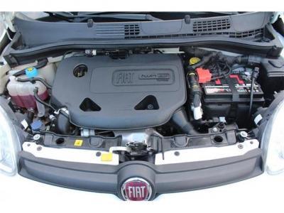 ツインエアーエンジンはフィアツト500でたくさん走ってますのでメンテも楽々