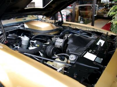 ★6.6リッターの大排気量V8エンジンです♪ ★エンジンも一発始動♪ とっても調子いいですよ♪