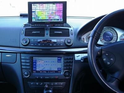★左右独立フルオートエアコン・シートヒーター・エアサス制御・車高調整など機能的にレイアウトされたAMGのコクピットです♪